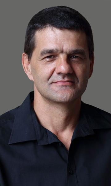Daniel du Plooy