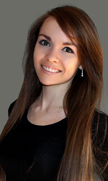 Modena staff - Hayleigh Smith